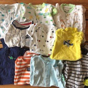 Carters bundle. Sizes NB-9 months